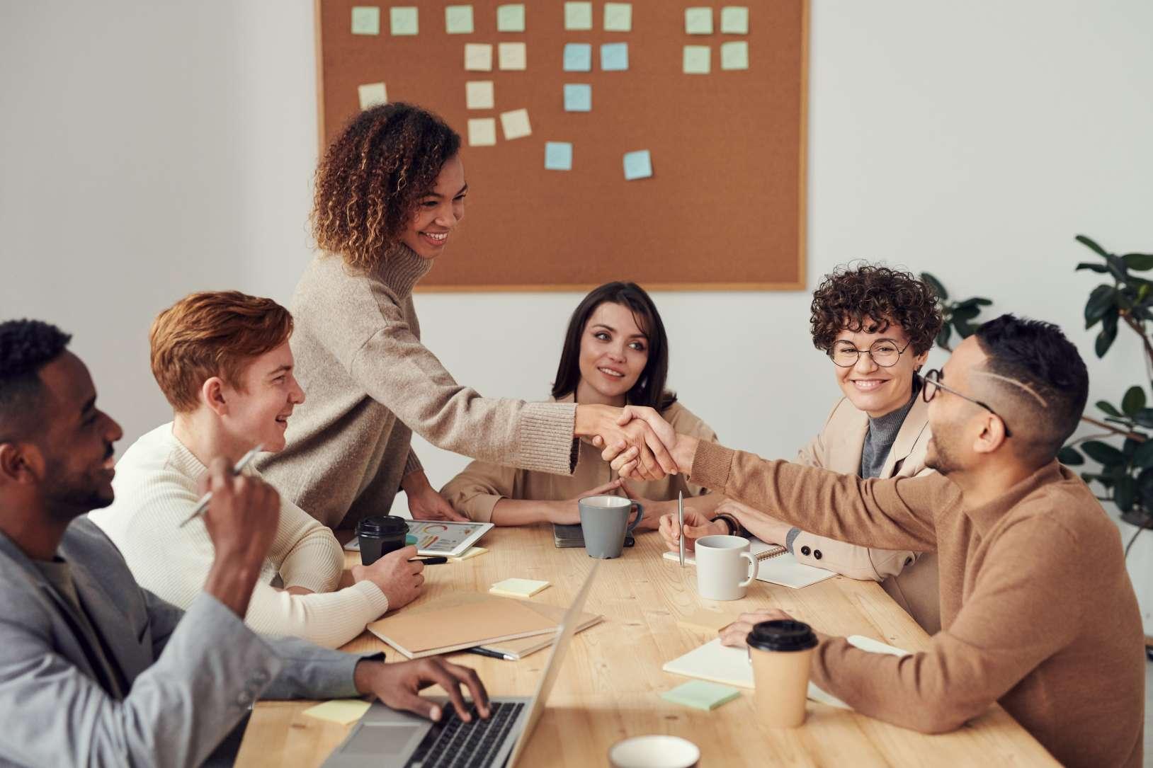 Six Sigma Green Belt hybride Weiterbildung. Das Beste aus eLearning und Gruppenarbeit bzw. Workshop vereint in einem Kurs.