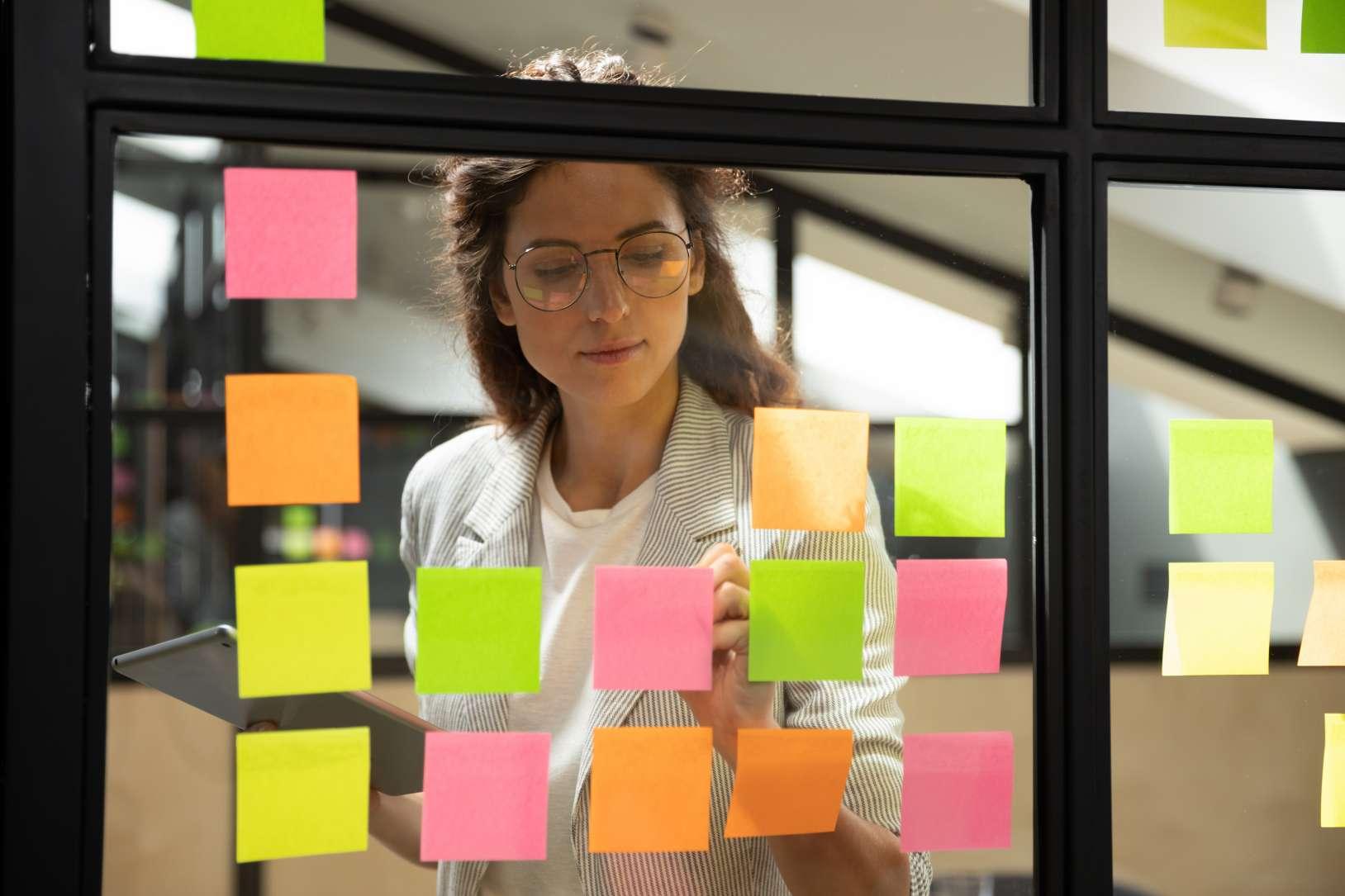 Das englischsprachige Akronym SIPOC bezeichnet ein Six-Sigma-Werkzeug für die Define-Phase, das auch im Lean Management eingesetzt wird.